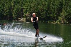 να κάνει σκι αθλητικό ύδωρ Στοκ Φωτογραφίες