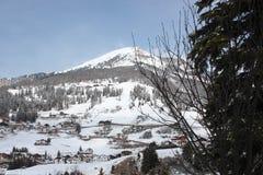 Να κάνει σκι δολομιτών θέρετρο Gardena Στοκ εικόνα με δικαίωμα ελεύθερης χρήσης