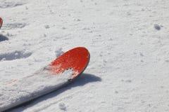 Να κάνει σκι υπόβαθρο - φρέσκο χιόνι στην κλίση σκι Στοκ φωτογραφία με δικαίωμα ελεύθερης χρήσης