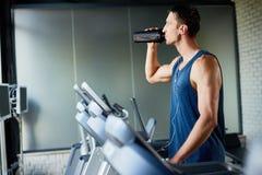 Να κάνει την άσκηση Treadmill Στοκ Φωτογραφία