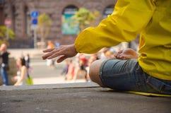 να κάνει τη γιόγκα γυναικών Στοκ Φωτογραφία