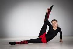 να κάνει τη γυμναστική κορ Στοκ φωτογραφίες με δικαίωμα ελεύθερης χρήσης