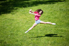να κάνει τη γυναίκα άσκηση&sig Στοκ Φωτογραφία