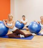 να κάνει τους ανθρώπους ικανότητας άσκησης στοκ εικόνες