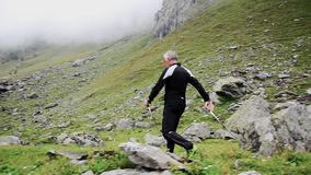 Να κάνει το σκανδιναβικό περπάτημα