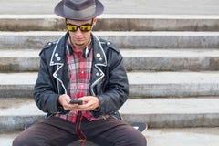 να κουβεντιάσει κινητό Στοκ Εικόνες