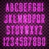 Να λάμψει και πυράκτωσης πορφυρά αλφάβητο και ψηφία νέου διανυσματική απεικόνιση