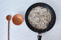 Να μαγειρεψει στο σπίτι Στοκ εικόνες με δικαίωμα ελεύθερης χρήσης