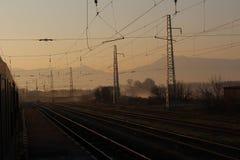 Να μείνει στο σιδηροδρομικό σταθμό γενικά Todorov στοκ φωτογραφίες