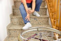 Να πέσει κάτω με την αναπηρική καρέκλα Στοκ φωτογραφία με δικαίωμα ελεύθερης χρήσης