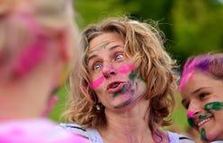 Να προετοιμαστεί για το τρέξιμο στα χρώματα στοκ φωτογραφία με δικαίωμα ελεύθερης χρήσης
