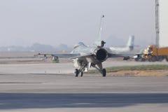 Να προετοιμαστεί F-16 Στοκ Εικόνα