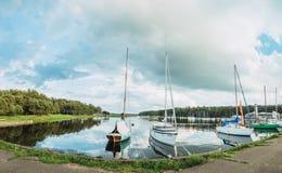 Να πλεύσει με τη θάλασσα Kaunas τα σαββατοκύριακα Στοκ Εικόνες