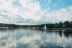 Να πλεύσει με τη θάλασσα Kaunas τα σαββατοκύριακα Στοκ Φωτογραφίες