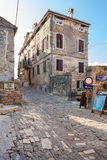 Να στηριχτεί μέσα το μικρού χωριού Motovun στη χερσόνησο Istria στην Κροατία Στοκ Φωτογραφία