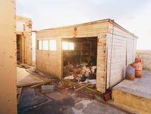 Να στηριχτεί του φάρου στο σημείο Neist Μέσα του εγκαταλειμμένου κτηρίου στοκ φωτογραφίες με δικαίωμα ελεύθερης χρήσης