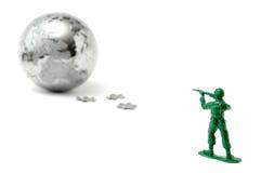 να στοχεύσει τον κόσμο παιχνιδιών στρατιωτών Στοκ εικόνες με δικαίωμα ελεύθερης χρήσης