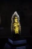 Νεαρή χοιρομητέρα τρέλας που στέκεται Bodhisattva Στοκ Εικόνες