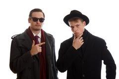 Νεαροί άνδρες στα παλτά Στοκ φωτογραφίες με δικαίωμα ελεύθερης χρήσης