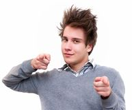 Νεαρός άνδρας που δείχνει σε σας στοκ φωτογραφίες