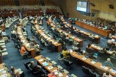 ΝΕΑ ΥΌΡΚΗ - ΗΠΑ - 11 Ιουνίου 2015 εκπρόσωποι που συζητούν στα Ηνωμένα Έθνη Στοκ Εικόνα