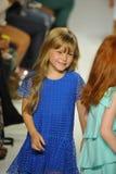 ΝΕΑ ΥΌΡΚΗ, ΝΈΑ ΥΌΡΚΗ - 18 ΟΚΤΩΒΡΊΟΥ: Τα πρότυπα περπατούν το φινάλε διαδρόμων κατά τη διάρκεια της πρόβλεψης της Chloe στην εβδομ Στοκ Φωτογραφία