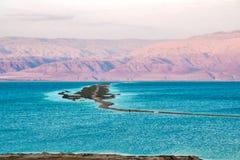 Νεκρή θάλασσα το βράδυ στοκ εικόνα με δικαίωμα ελεύθερης χρήσης