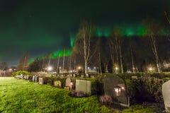 Νεκροταφείο - βόρεια φω'τα Στοκ φωτογραφία με δικαίωμα ελεύθερης χρήσης