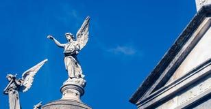 Νεκροταφείο Recoleta αγαλμάτων αγγέλου Στοκ Εικόνες