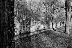 Νεκρόπολη Γντανσκ Zaspa, Πολωνία Καλλιτεχνικός κοιτάξτε στο Μαύρο και το μόριο Στοκ φωτογραφία με δικαίωμα ελεύθερης χρήσης