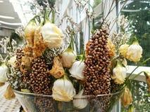Νεκρός και ξηρός αυξήθηκε λουλούδια στοκ εικόνες με δικαίωμα ελεύθερης χρήσης