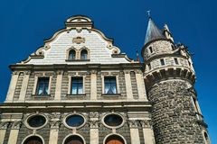 Νεογοτθικοί πύργοι του ιστορικού κάστρου Moszna Στοκ Εικόνες