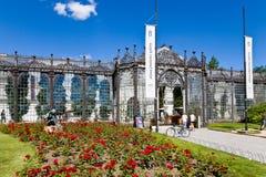νεογοτθικό NAD Vltavou Hluboka κάστρων ύφους tudor και γαλλικό πάρκο, νότια Βοημία, Τσεχία Στοκ εικόνες με δικαίωμα ελεύθερης χρήσης