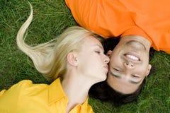 νεολαίες αγάπης ζευγών Στοκ Φωτογραφία