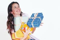 νεολαίες γυναικών δώρων στοκ εικόνες με δικαίωμα ελεύθερης χρήσης