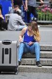 νεολαίες γυναικών ενδ&upsilon Στοκ φωτογραφία με δικαίωμα ελεύθερης χρήσης