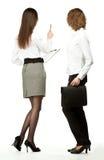 νεολαίες γυναικών επιχειρησιακής συνεδρίασης Στοκ εικόνα με δικαίωμα ελεύθερης χρήσης