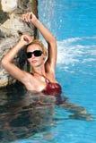 νεολαίες γυναικών λιμνών Στοκ φωτογραφία με δικαίωμα ελεύθερης χρήσης