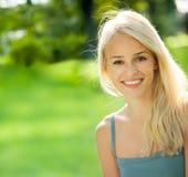 νεολαίες γυναικών πορτρέτου Στοκ φωτογραφίες με δικαίωμα ελεύθερης χρήσης