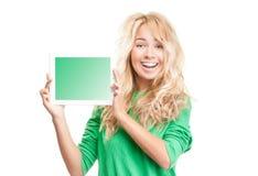 νεολαίες γυναικών ταμπλετών υπολογιστών στοκ εικόνα με δικαίωμα ελεύθερης χρήσης