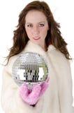 νεολαίες γυναικών disco σφαιρών Στοκ φωτογραφίες με δικαίωμα ελεύθερης χρήσης