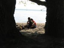 νεολαίες εραστών ζευγών Στοκ Φωτογραφίες