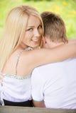 νεολαίες ζευγαριού πάγ&k Στοκ εικόνα με δικαίωμα ελεύθερης χρήσης