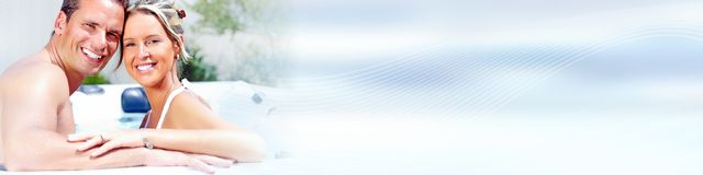 νεολαίες ζευγών παραλι στοκ εικόνες με δικαίωμα ελεύθερης χρήσης