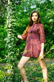 νεολαίες κοριτσιών κήπω&nu Στοκ εικόνες με δικαίωμα ελεύθερης χρήσης