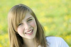 νεολαίες πορτρέτου κοριτσιών ομορφιάς Στοκ φωτογραφία με δικαίωμα ελεύθερης χρήσης