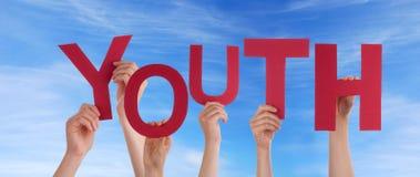 Νεολαία εκμετάλλευσης χεριών στον ουρανό στοκ φωτογραφίες με δικαίωμα ελεύθερης χρήσης