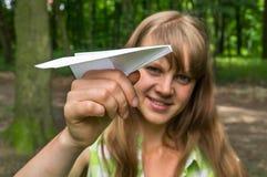 νεολαίες γυναικών αεροπλάνων εγγράφου Στοκ Εικόνες