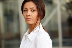 νεολαίες γυναικών επιχ&eps Στοκ φωτογραφίες με δικαίωμα ελεύθερης χρήσης