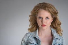 νεολαίες γυναικών πορτρέτου προσώπου στοκ εικόνα